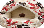 PETCO Covered Cat Bed in Red Leaf (12